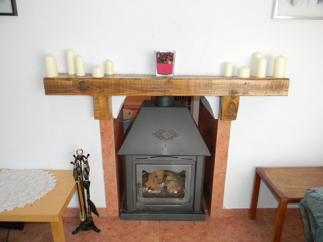 Cortijo log burner, Taberno, Almeria, Spain
