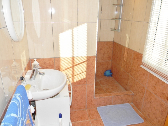 Cortijo shower room, Taberno, Almeria, Spain