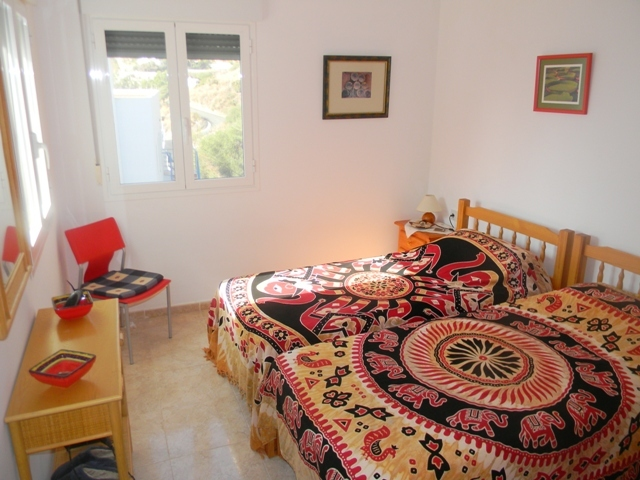 Twin bedroom ideal for visiting friends and family