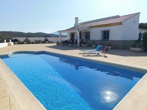 Villa en venta en Velez Rubio, Almeria