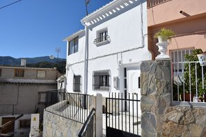 Village House for sale in Purchena, Almeria