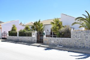 Villa for sale in Oria, Almeria