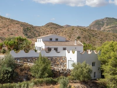 Villa for sale in Albanchez, Almeria