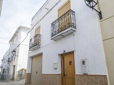 Village House for sale in Seron, Almeria