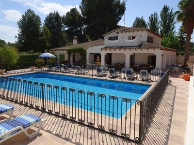 Cortijo/Finca for sale in Castalla, Alicante