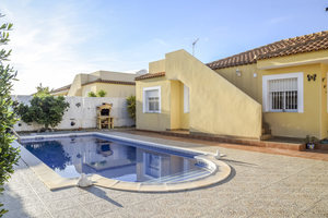 Villa for sale in Zurgena, Almeria