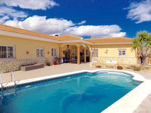 Villa for sale in Zurgena, Almeria