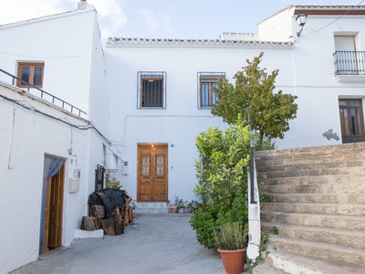 Village House for sale in Lubrin, Almeria