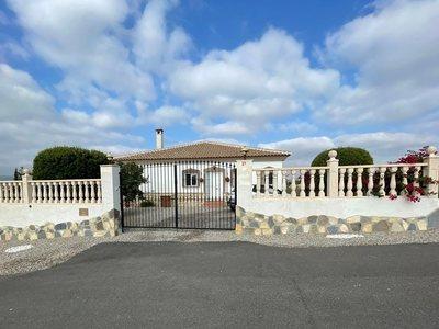 Villa te koop in Zurgena, Almeria