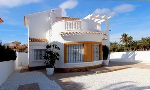 Villa for sale in Santiago de la Ribera, Murcia