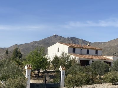 Villa for sale in Uleila del Campo, Almeria