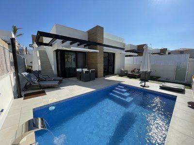 Villa zum verkauf in San Juan de los Terreros, Almeria