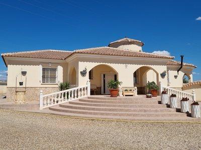 Villa zum verkauf in Albox, Almeria