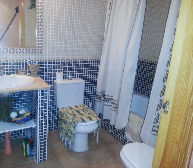 Bathroom of the apartment in Garrucha