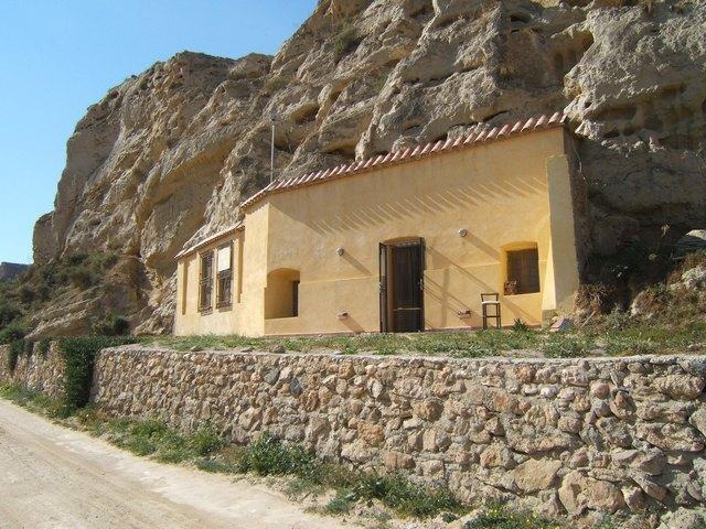 Cave house in Cuevas del Almanzora