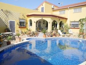 Villa for sale in Pulpi, Almeria